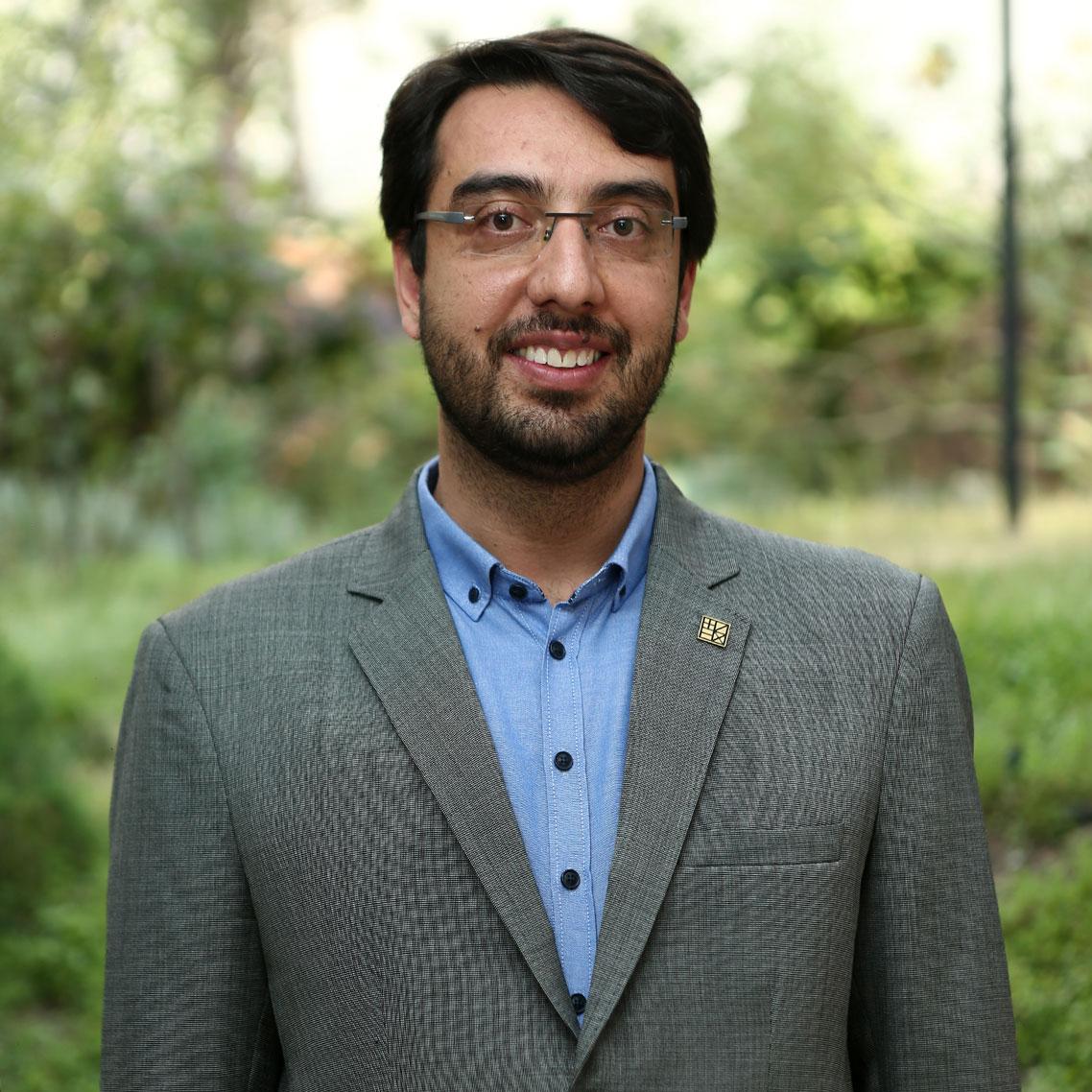 سید حسین پرهیزگار