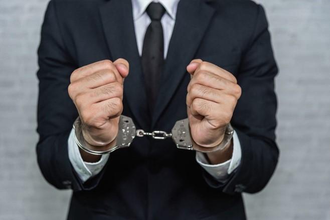 مجازات فرار مالیاتی در ایران چیست؟ - تدبیرحساب