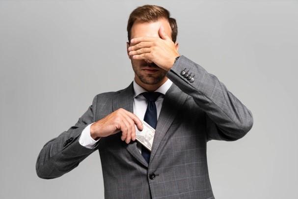 چرا برخی از اشخاص و شرکتها دست به فرار مالیاتی میزنند؟ - تدبیرحساب